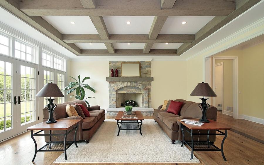 Деревянные балки добавят в интерьер комнаты изысканность