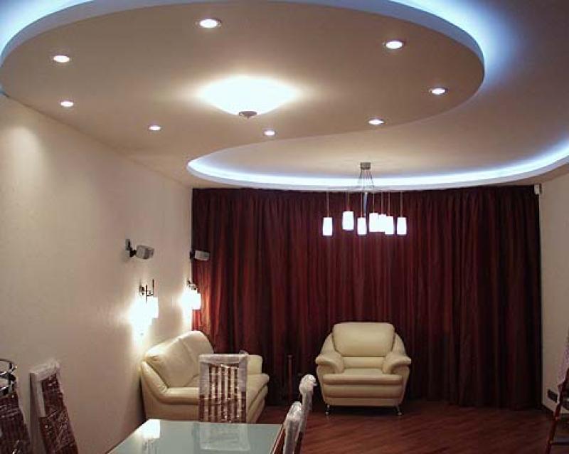 Дизайн многоуровневого потолка с подсветкой зависит только от предпочтений хозяина