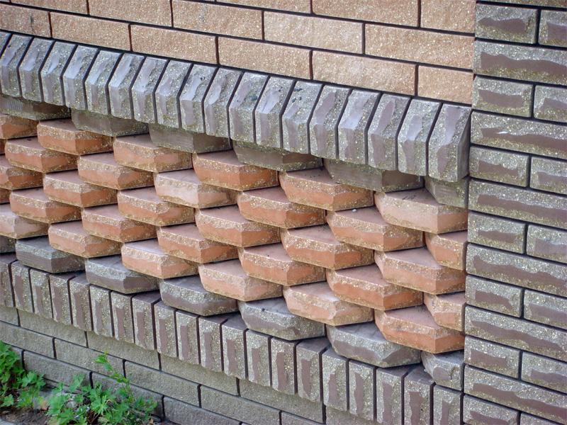 Существует множество видов кладки кирпича для создания рисунка на фасаде дома