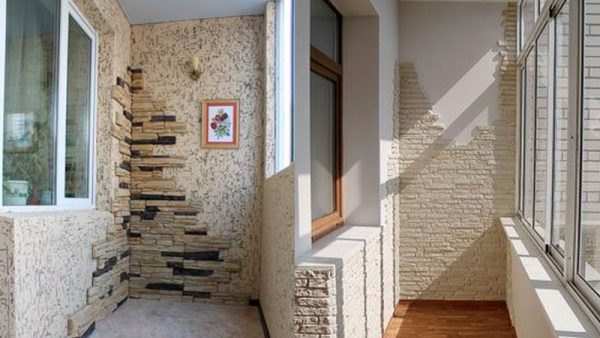 Декоративные камни и кирпичи