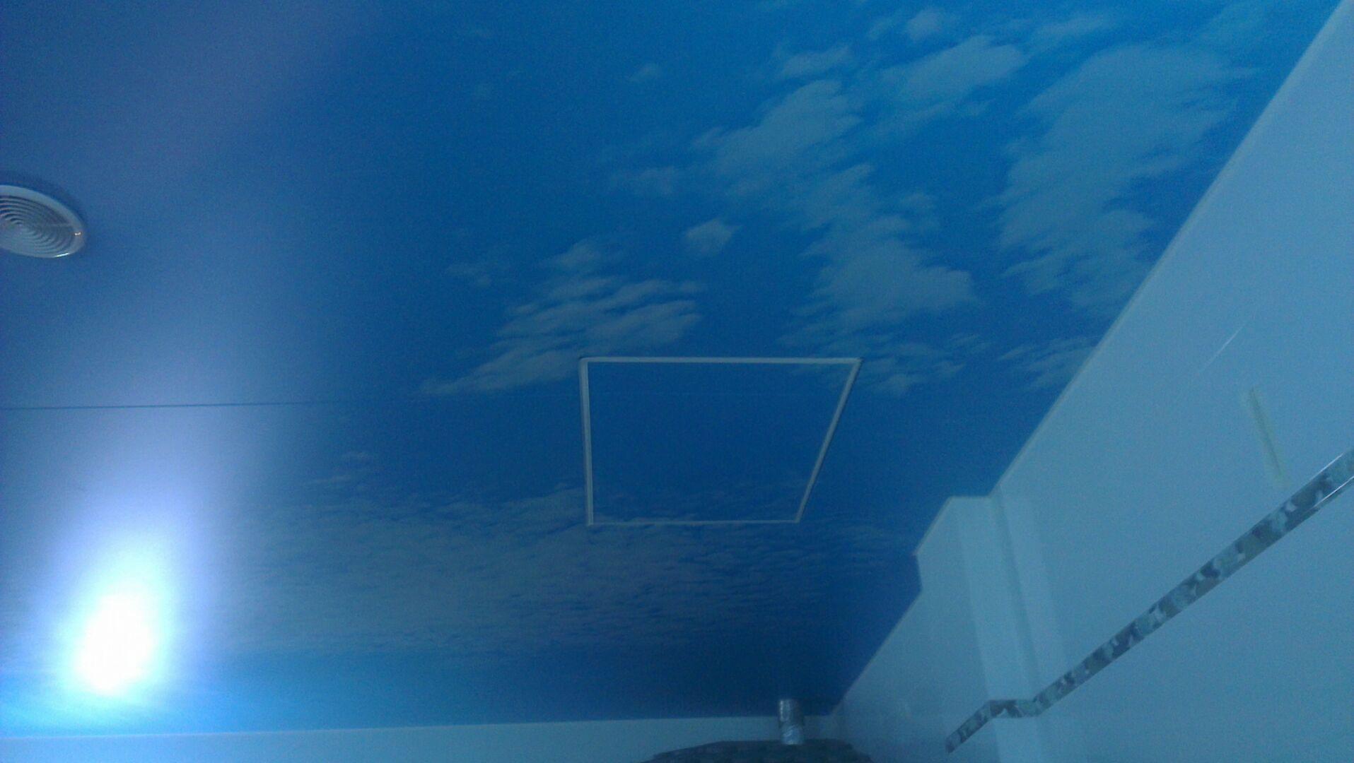 Люк в натяжном потолке - реальность. Главное правильно выполнить его монтаж