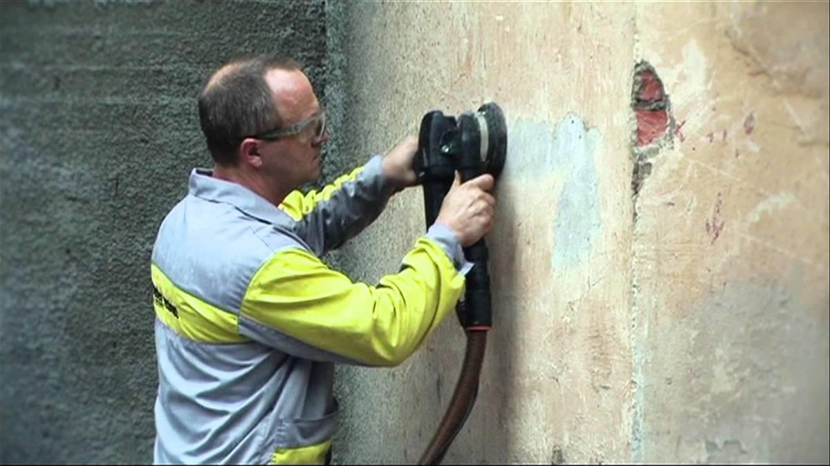 Механический способ очистки стен от старой краски