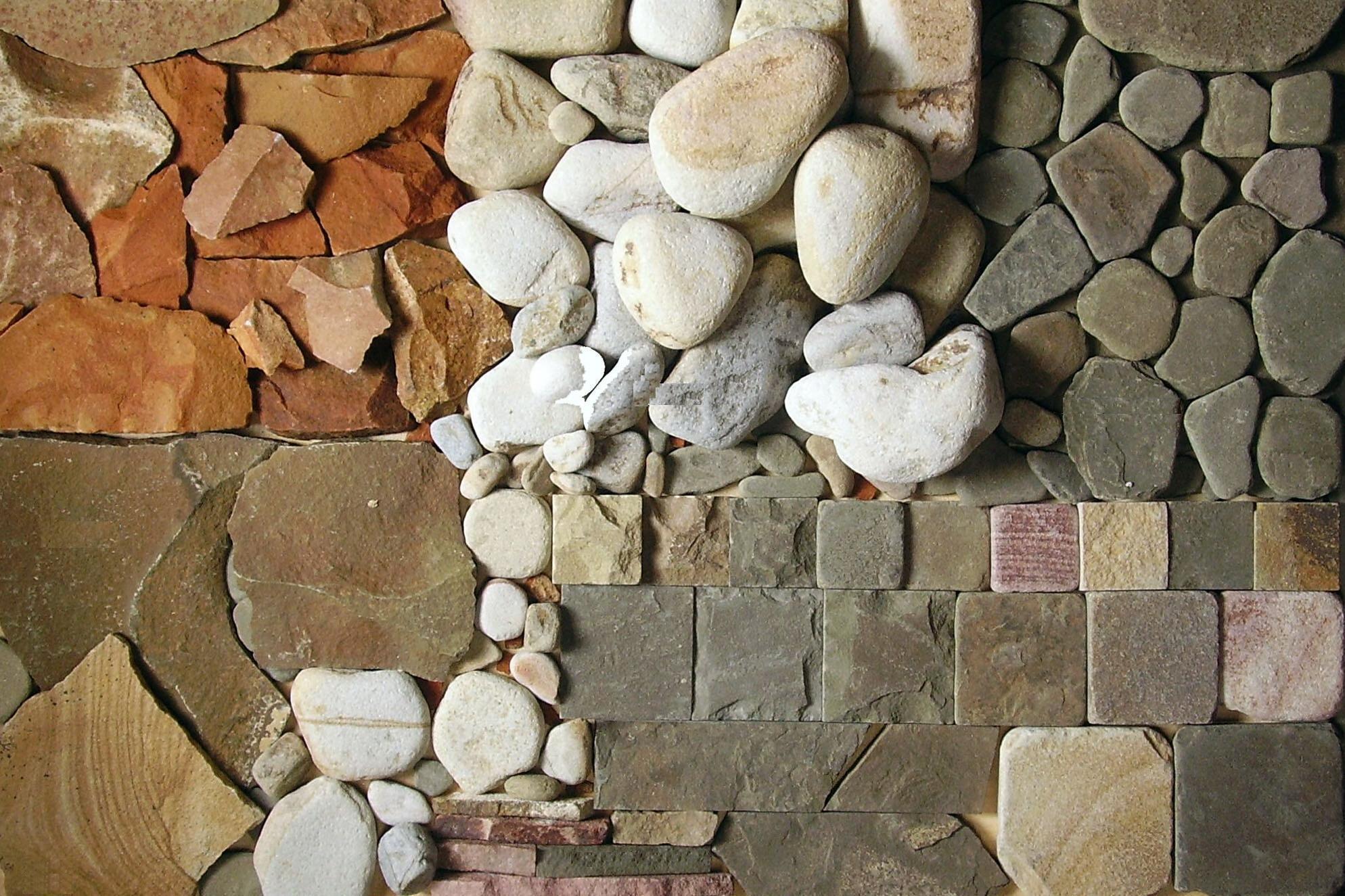 Отделку стен можно произвести натуральным камнем