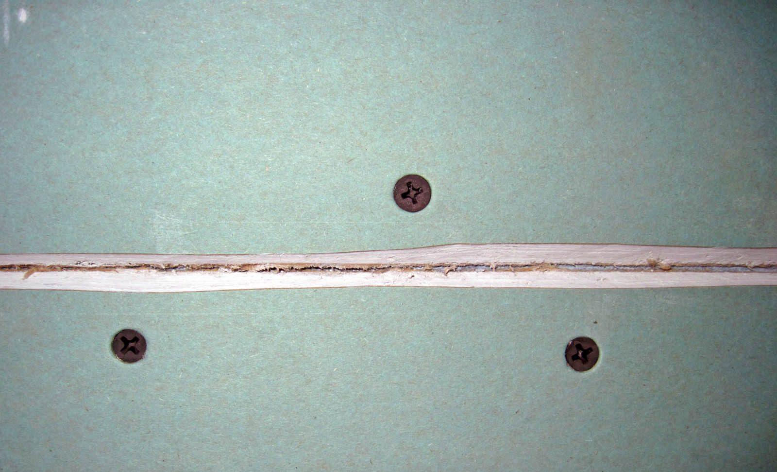 Подготовка стыков гипсокартона