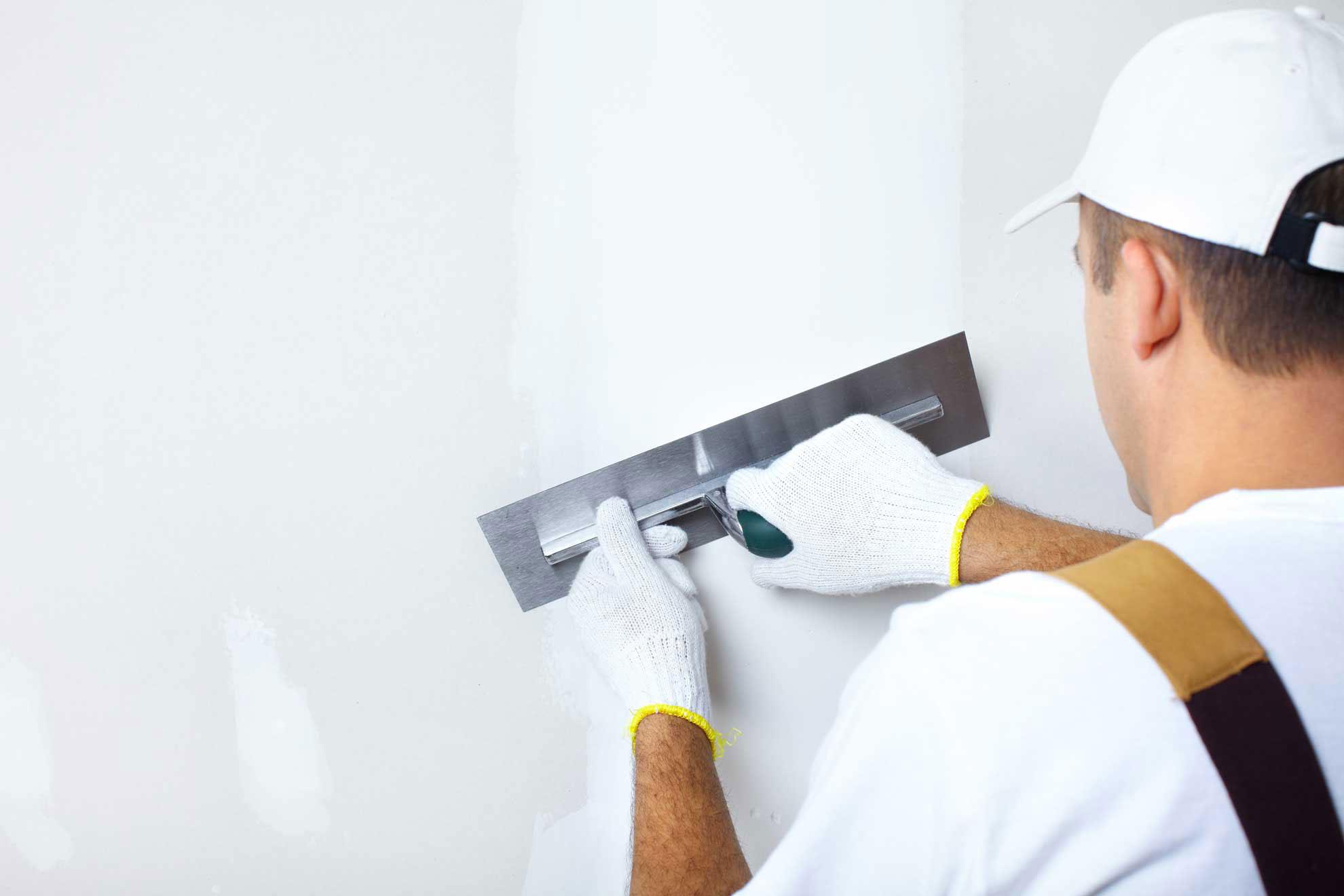 Шпаклевание стен кухни