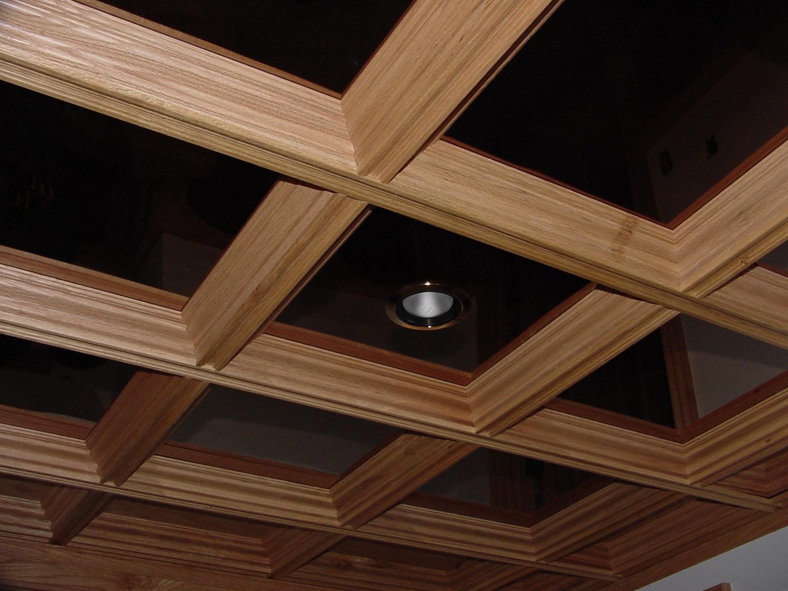 Деревянный каркас для стеклянного потолка