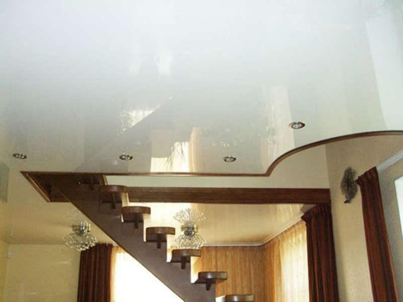 потолок в доме из бруса