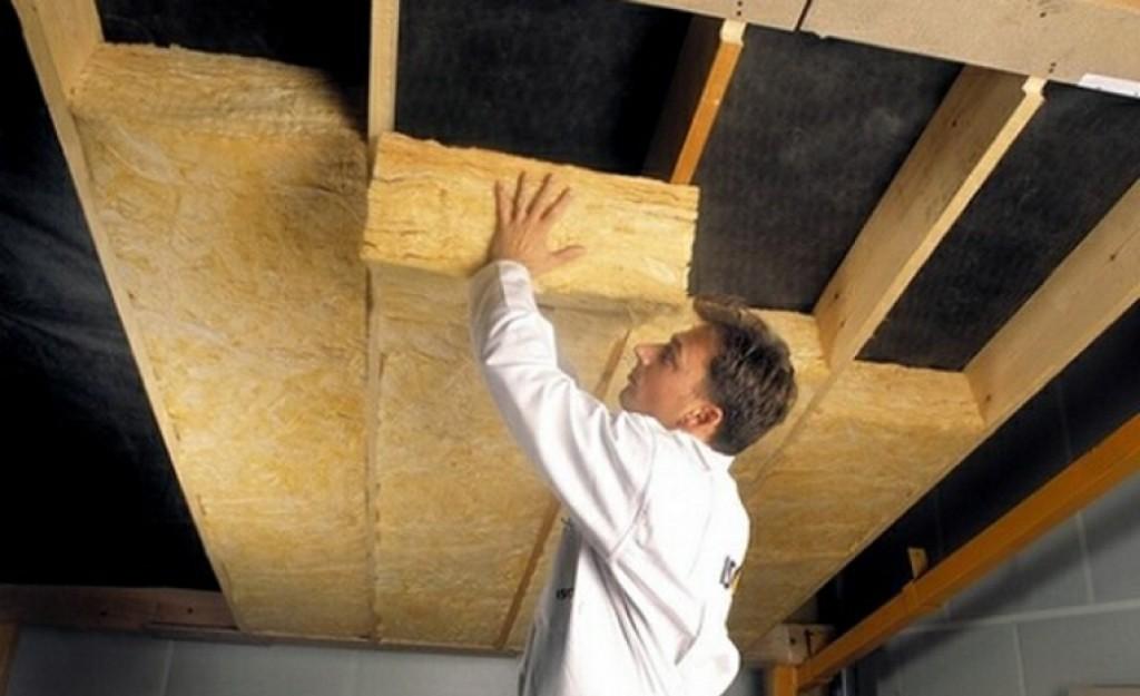 Утепление потолка внутри помещения