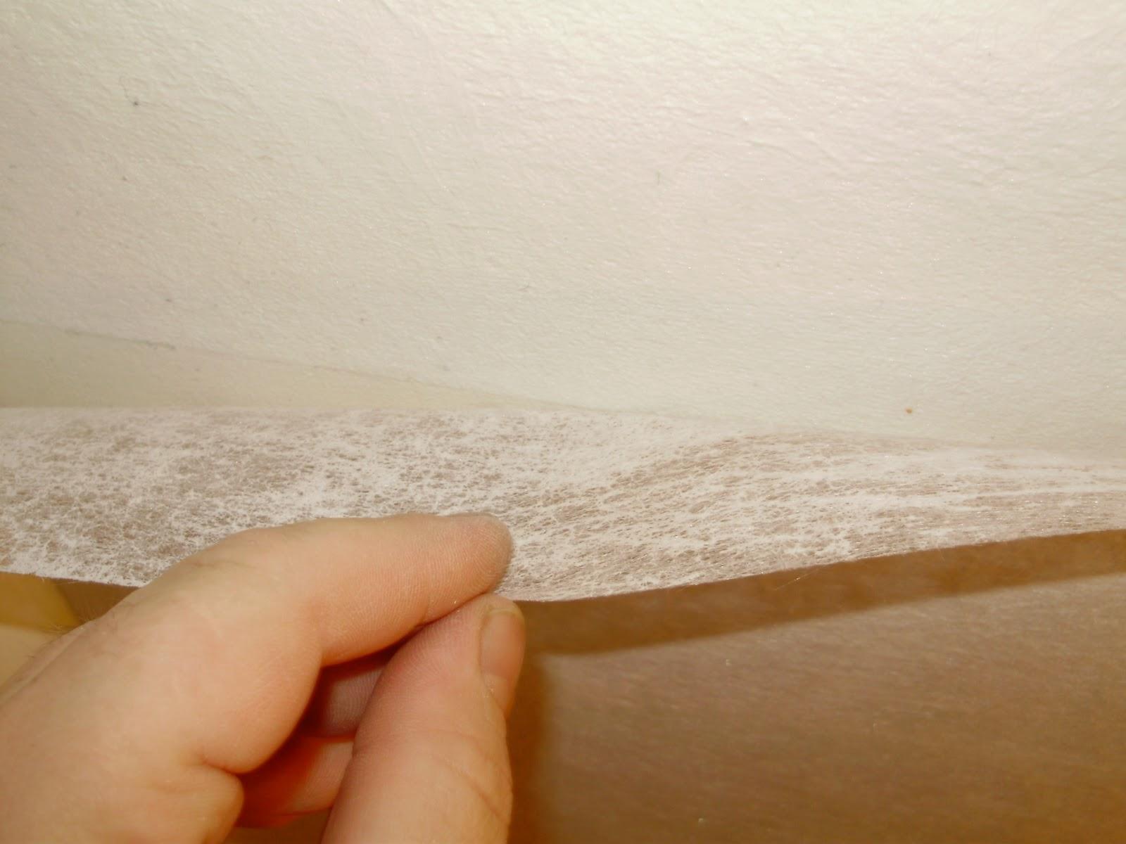 Оклейка потолка стеклохолстом внахлест