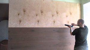 как отделать стены ламинатом