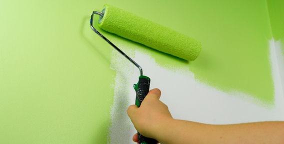 Применение акриловой краски для стен